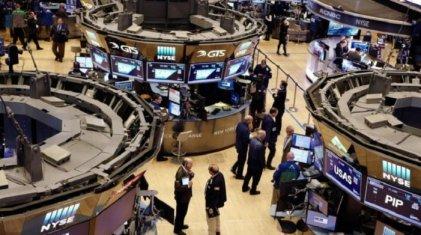 Wall Street festeja ante señales de la Reserva Federal por baja de tasas
