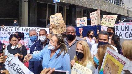 Nueva protesta en Caracas por salarios y exigiendo la libertad de los trabajadores presos