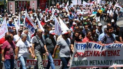 De la mano de Syriza, el Parlamento griego votó un nuevo ajuste