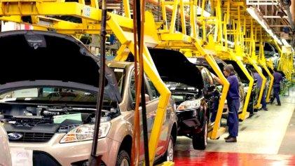 Trabajadores de la Ford Motors Venezuela inician una huelga por bajos salarios y exigen derechos