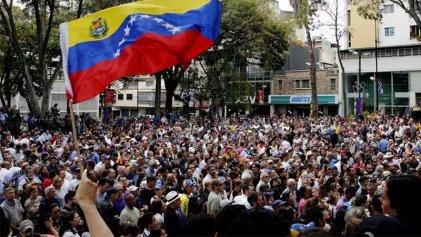 Estado español: la CRT repudia la ofensiva golpista del imperialismo y la derecha en Venezuela