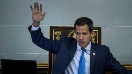 Guaidó no es Gobierno, pero paga la fraudulenta deuda externa igual que Maduro