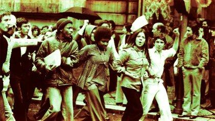 """""""La Revolución de los claveles es una de las más importantes del siglo XX"""""""