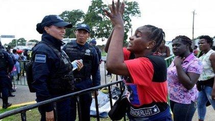 Inmigrantes denuncian hostigamiento por parte de agentes de migración mexicano