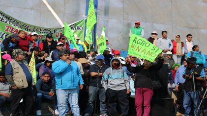 Perú: Ejército y Policía reprimen brutalmente a pobladores de Matarani que pelean contra la megaminería
