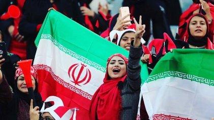 Mujeres iraníes vuelven a la cancha después de 40 años de lucha
