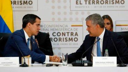 A los pies del imperialismo: Guaidó se reúne con Mike Pompeo en Colombia