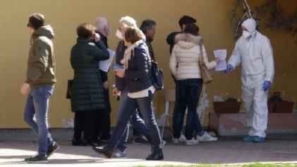 Los test masivos ayudan a una ciudad italiana a reducir los nuevos casos de coronavirus a cero