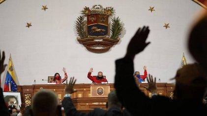 """La """"Ley Antibloqueo"""" de Maduro: un salto en las privatizaciones y la entrega nacional"""