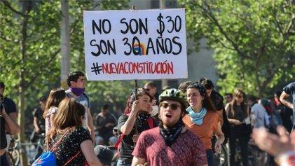 Plebiscito constitucional: 9 de cada 10 chilenos residentes en Argentina apoyan el cambio