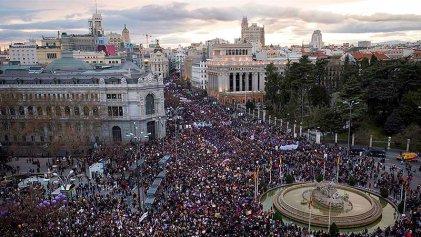 El Gobierno del PSOE y Podemos prohíbe marchar el 8M en Madrid