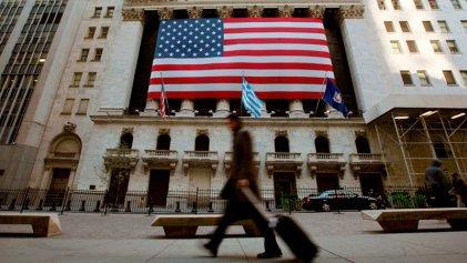 Sin cambios en las tasas de interés, la Fed prevé una inflación de 2,4 % para 2021