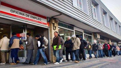 Las grandes empresas preparan miles de despidos en el Estado español