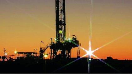 Paritarias petroleras: un nuevo ataque al salario