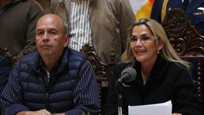Víctimas del golpe en Bolivia piden extradición de exministro de Áñez tras su detención en EE. UU.