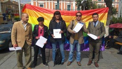 Bolivia: ante el asesinato de una mujer travesti exigen justicia