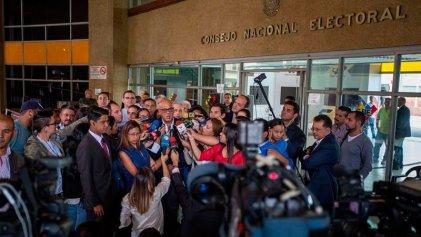 Estados Unidos refuerza a la oposición por la fecha del revocatorio a Maduro
