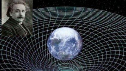 Aniversario de la Teoría Relatividad General de Einstein