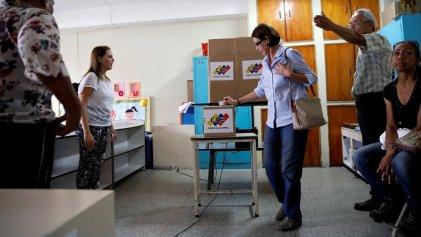 Arrancan las elecciones municipales con un chavismo que compite casi en solitario