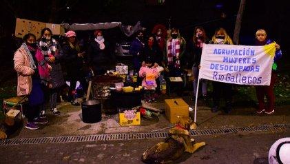 Río Gallegos: mujeres desocupadas acampan por trabajo digno