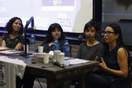 """Charla-debate en UNLA: """"El rol de las y los trabajadores sociales por la emancipación de las mujeres en tiempos del FMI"""""""