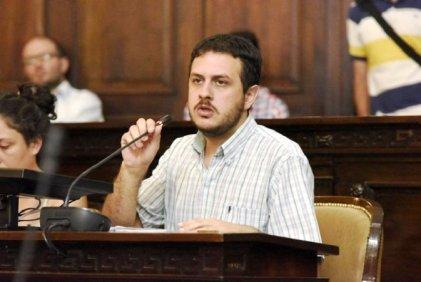 """Lautaro Jimenez se dirigió a los empleados públicos en la votación del presupuesto: """"No tienen que resignar la cláusula gatillo"""""""