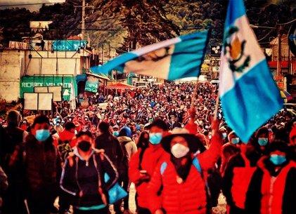 Protestas en Guatemala exigen renuncia de Giammattei por corrupción