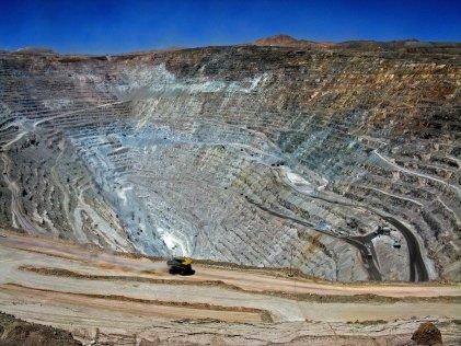 Una Asamblea Constituyente debe recuperar para el pueblo trabajador los recursos naturales usurpados por los capitalistas