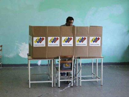 Elecciones, crisis, pugnas y saltos de talanquera en Venezuela