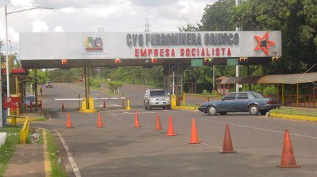 Continúa la lucha de los trabajadores de la Ferrominera del Orinoco por sus demandas