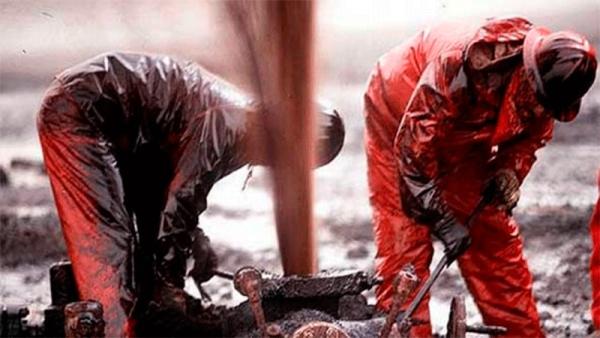 Petroleros: ¿anticipo de una nueva oleada de flexibilización laboral?